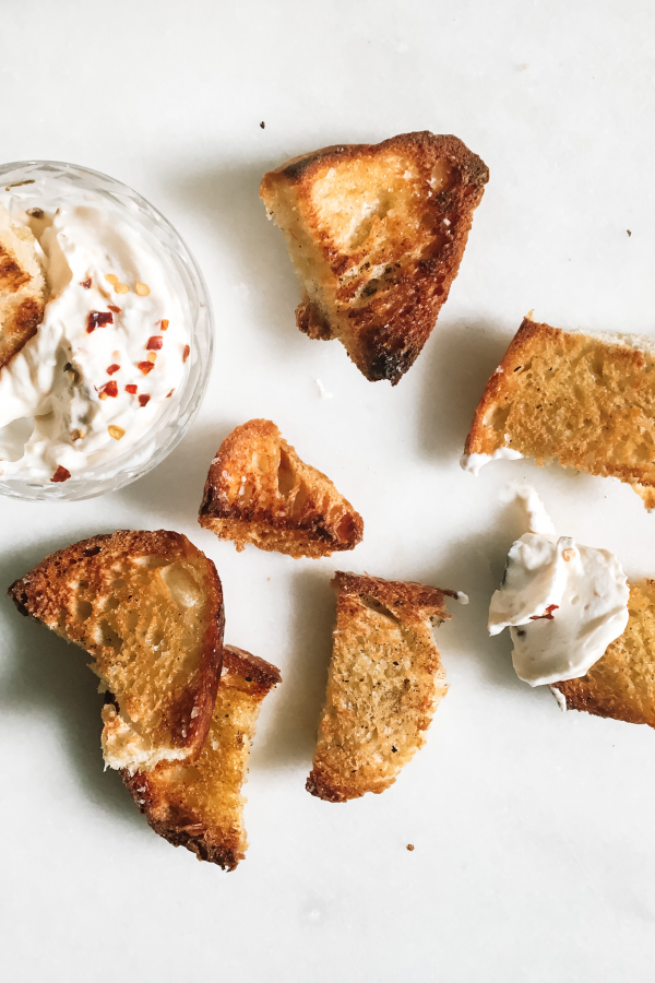 Apricot chili goat cheese dip with sourdough croutons feauture 2